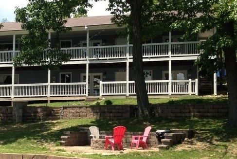 Cabin Rentals | Alhonna Resort & Marina | Lake Ozark, Missouri
