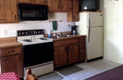 one_bedroom_42-kitchen