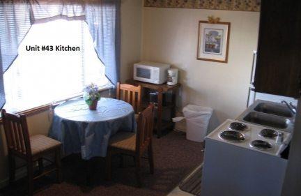 one_bedroom_43_kitchen