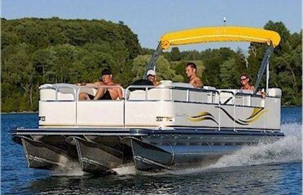 boat rental - tritoon